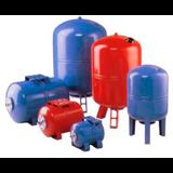 Расширительные баки для систем отопления.